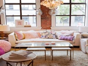 چیدمان خانه با رنگ گلبهی برای خانم های با سلیقه!
