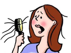 5 راه حل طبیعی برای جلوگیری از ریزش مو