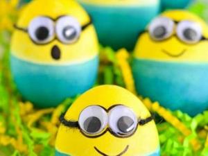 تزئین تخم مرغ به شکل مینیون