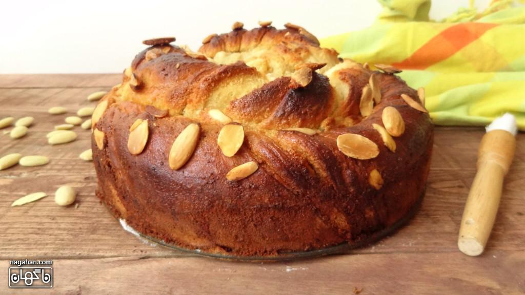 نان پیچی وانیل و بادام   روش تهیه آسان نان شیرین صبحانه و عصرانه