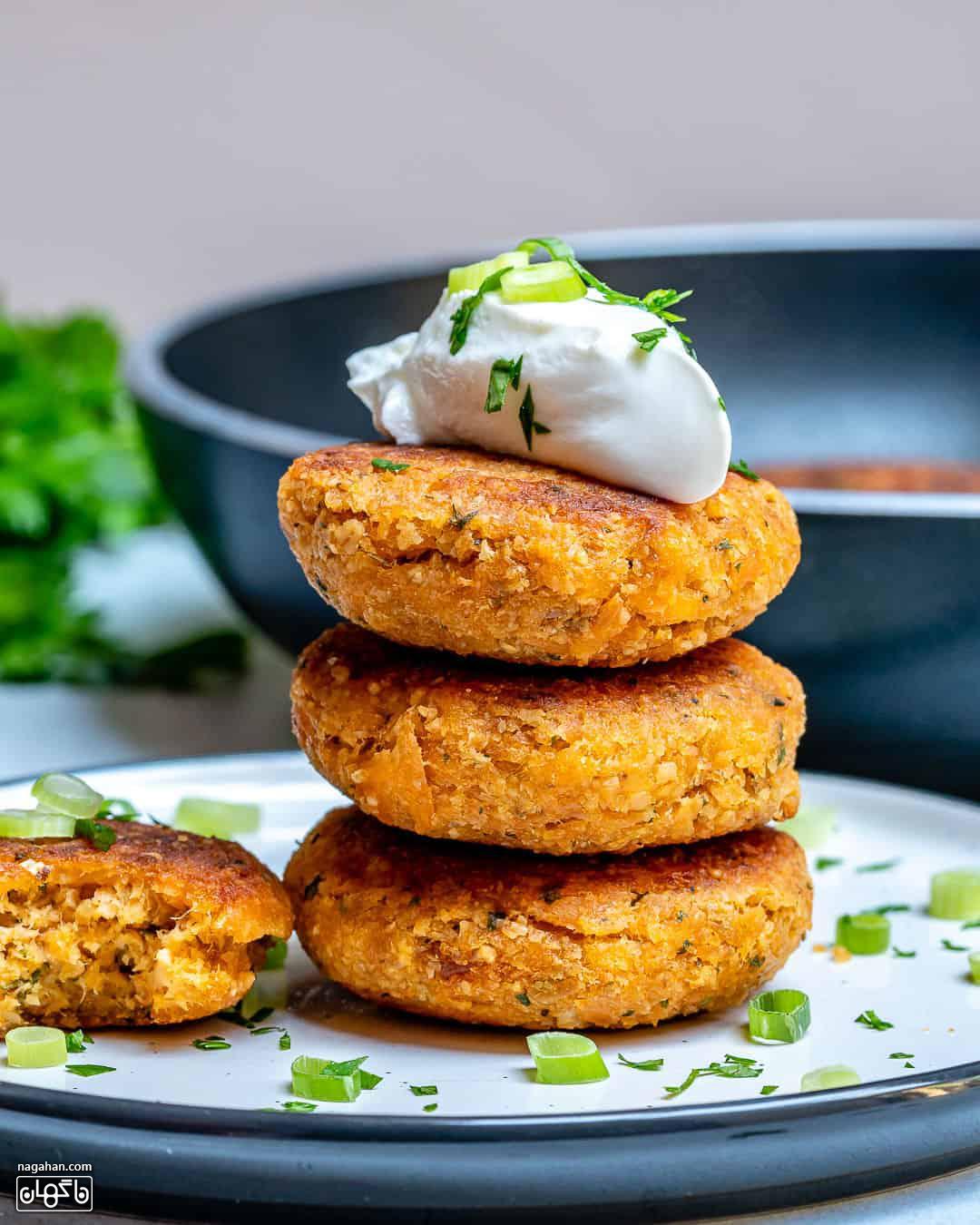 طرز تهیه همبرگر سالمون سالم و مقوی