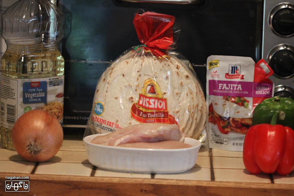 مواد تشکیل دهنده فجیتا مرغ ، غذای مکزیکی