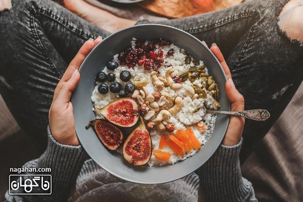 برای جلوگیری و یا کاهش علائم اضطراب چه غذاهایی بخوریم و چه غذاهایی نخوریم؟