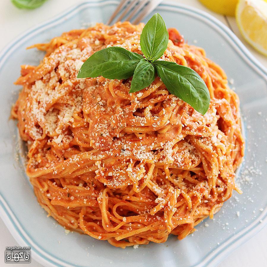 ماکارونی گوجه فرنگی خامه ای