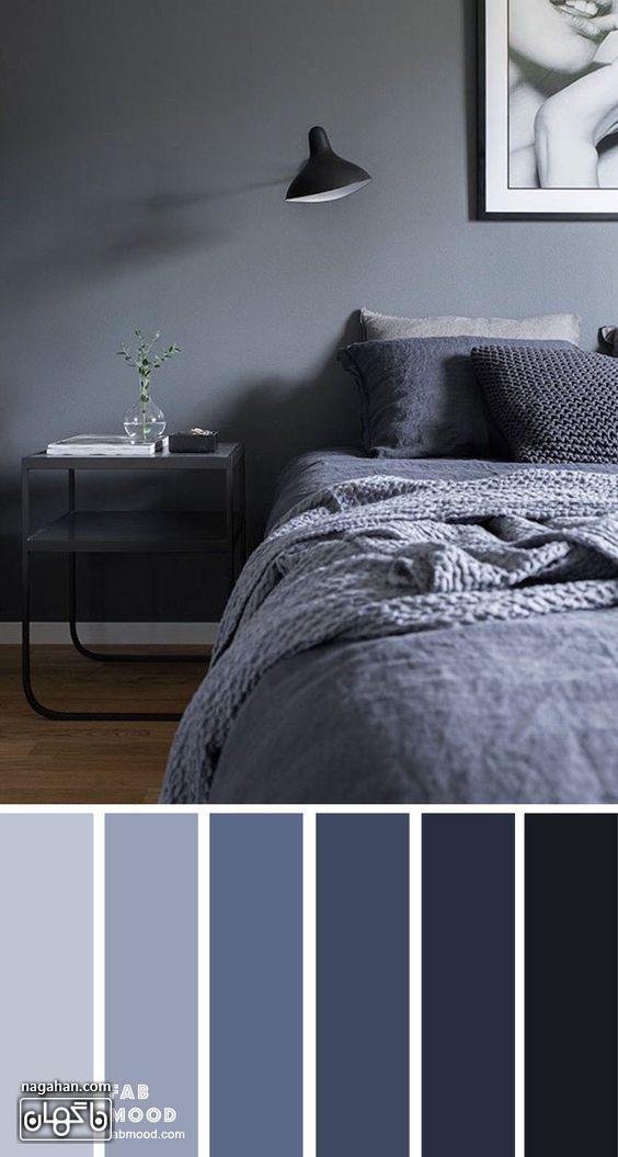 عکس دکوراسیون اتاق خواب با ترکیب رنگ طوسی و چراغ و میز پاتختی جدید