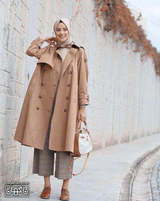 مانتو بلند دانشجویی رنگ شکلاتی برای پاییز و زمستان