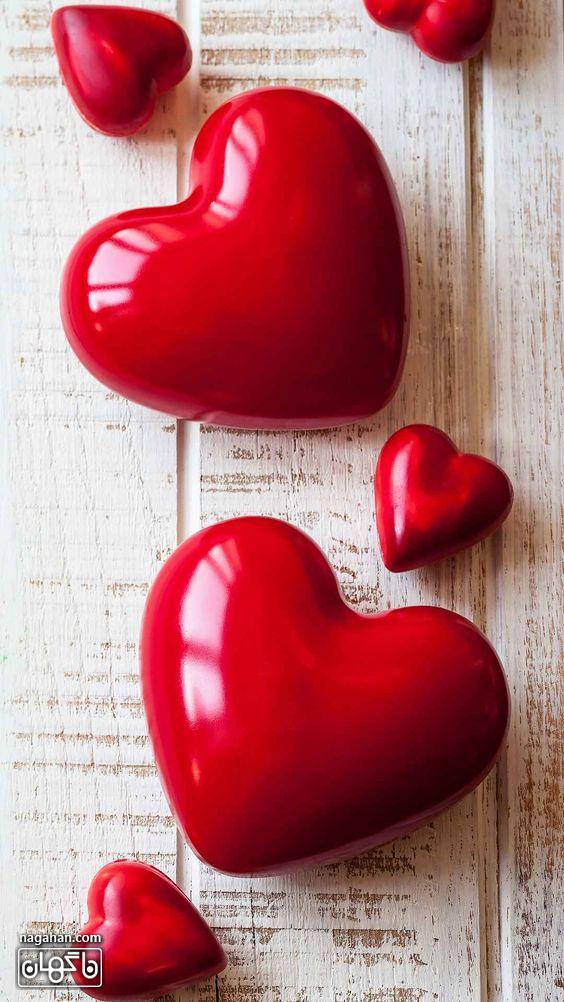 عکس های پروفایل و والپیپر عاشقانه ولنتاین- قلب های قرمز