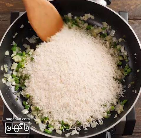 برنج در آموزش گام به گام برنج مکزیکی