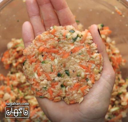 طرز تهیه کوکوی کدو و هویج