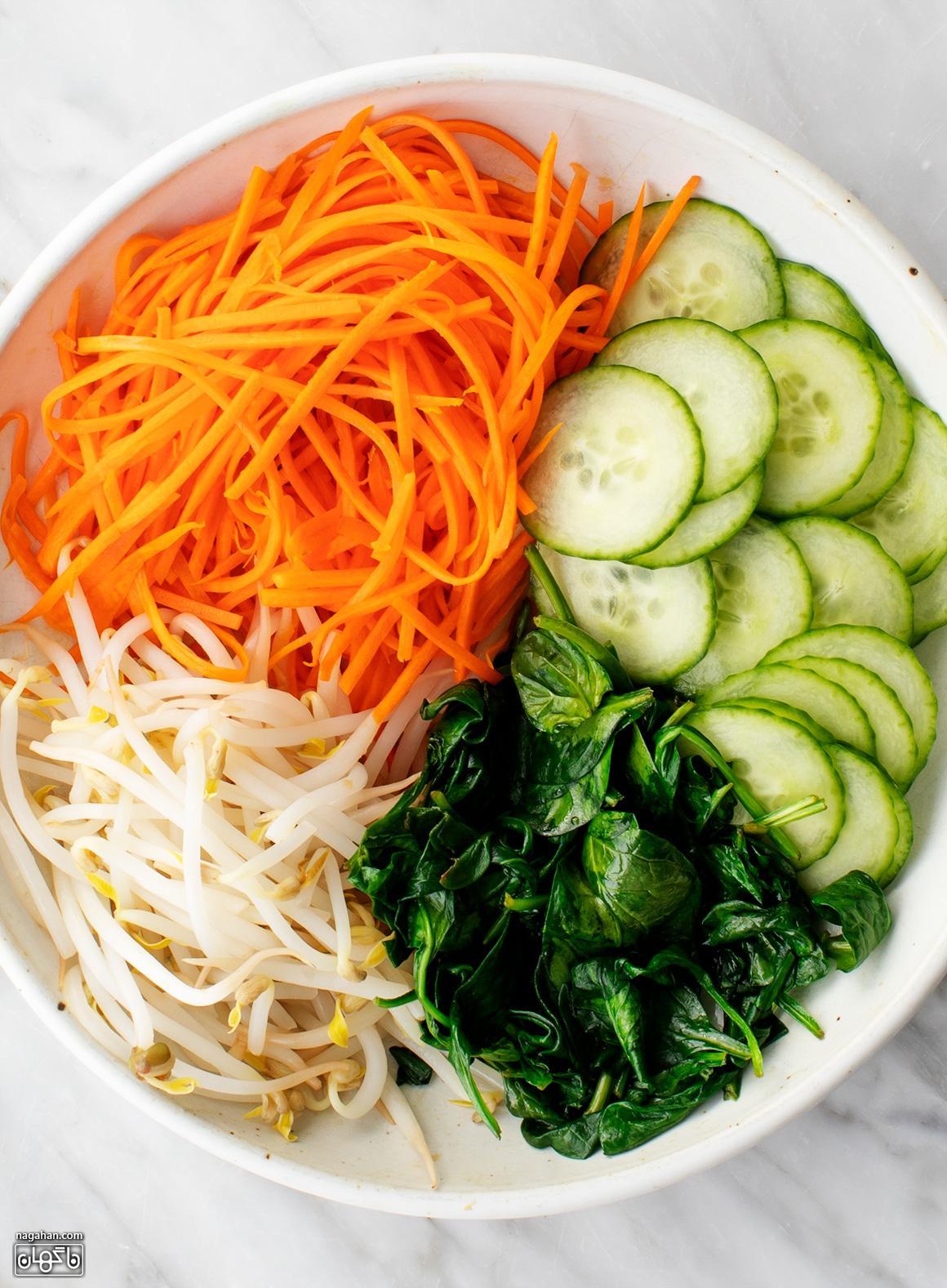 مواد لازم برای Bibimbap ، کاسه برنج کره ای