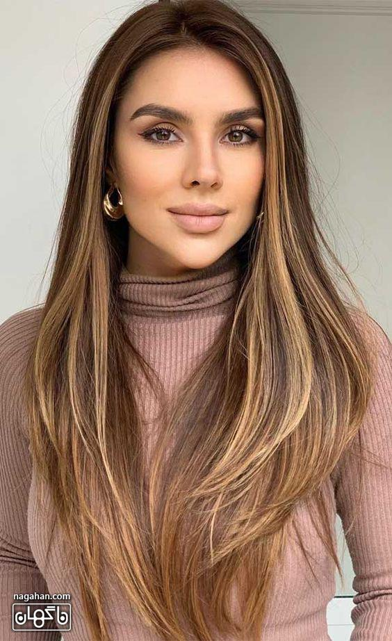 مدل مو بلند عسلی با هایلایت روشن