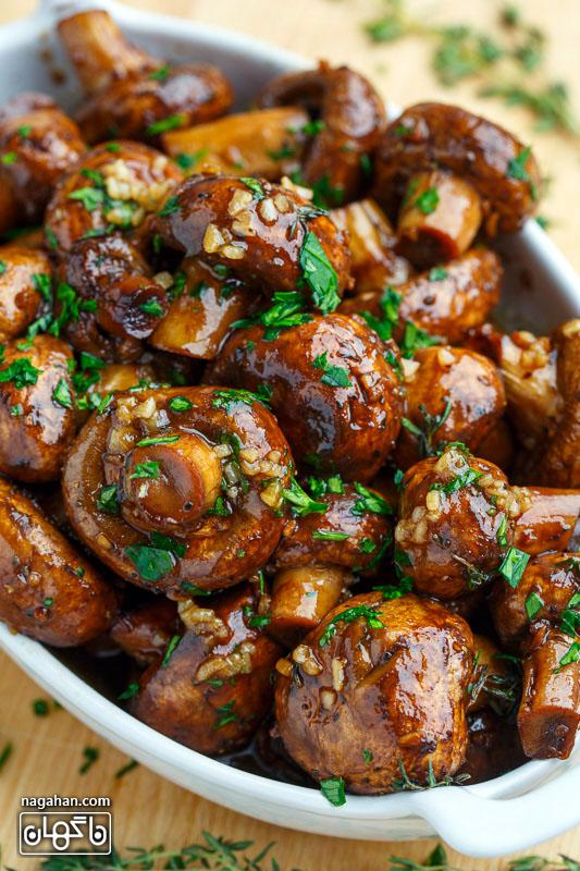 طرز تهیه قارچ کبابی با سس سویا و سیر