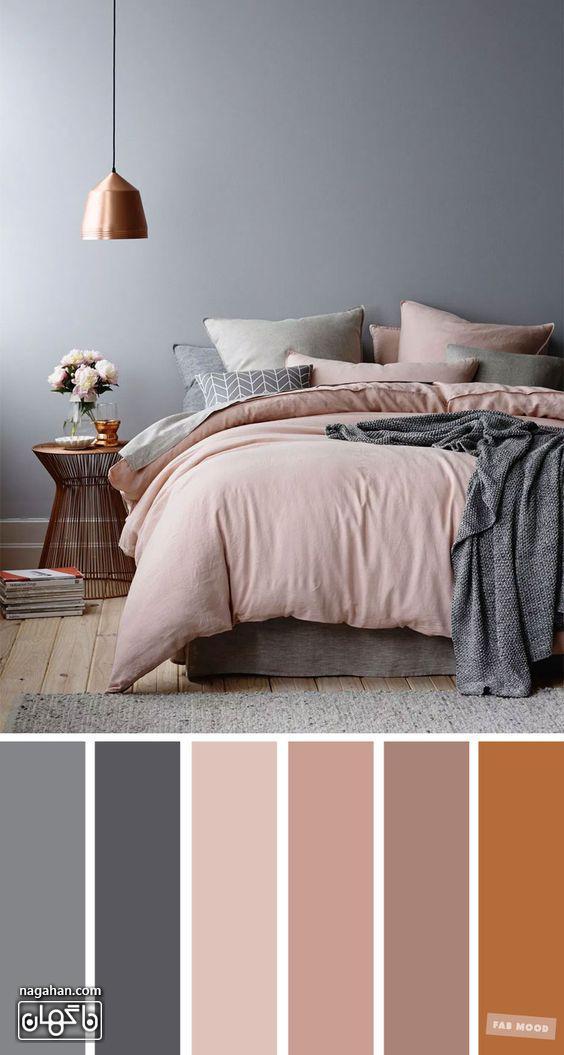عکس دکوراسیون اتاق خواب با ترکیب رنگ طوسی ، صورتی ملایم و لوستر اتاق