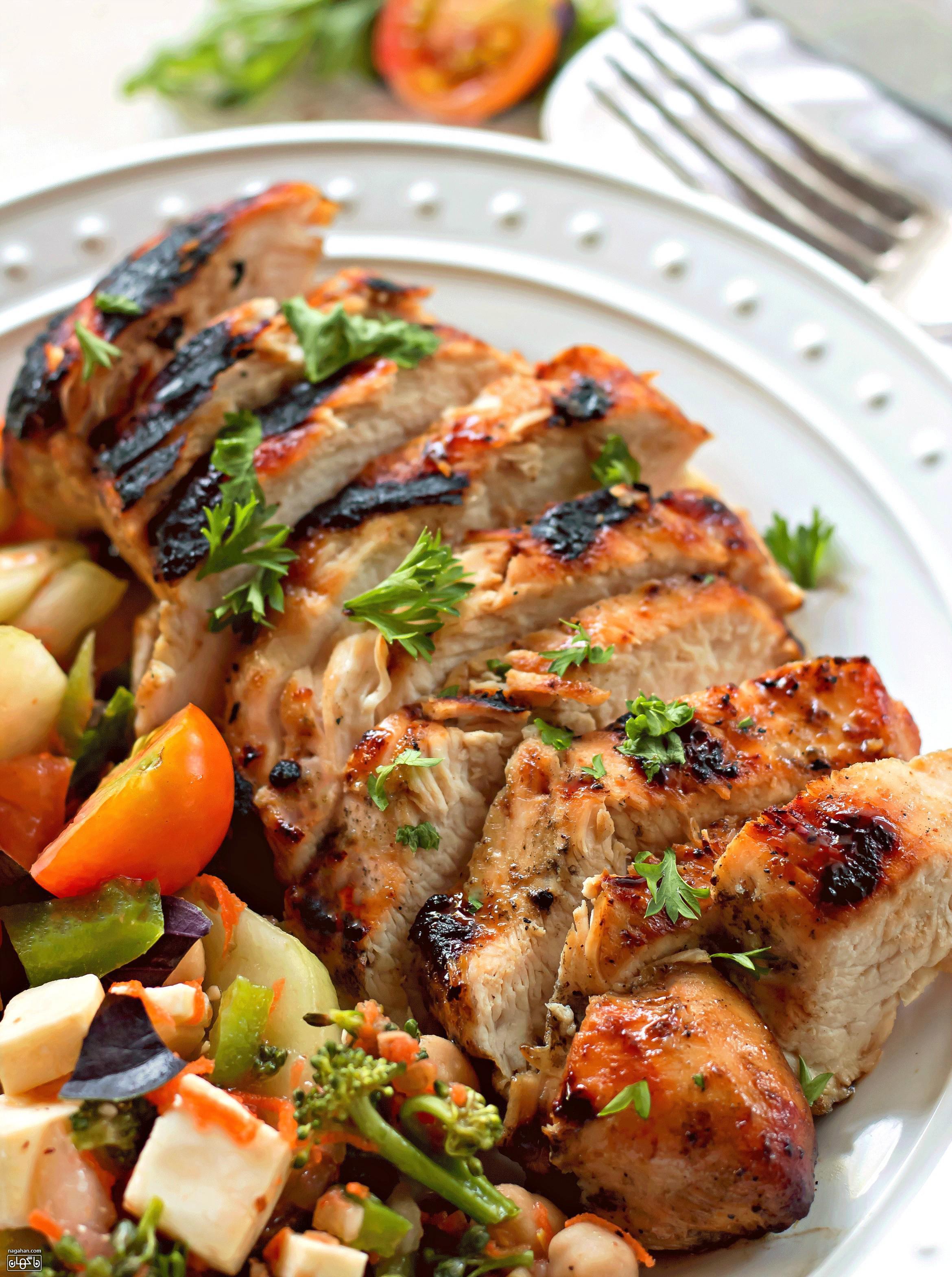 مرغ گریل طعم دار بسیار خوشمزه و لطیف