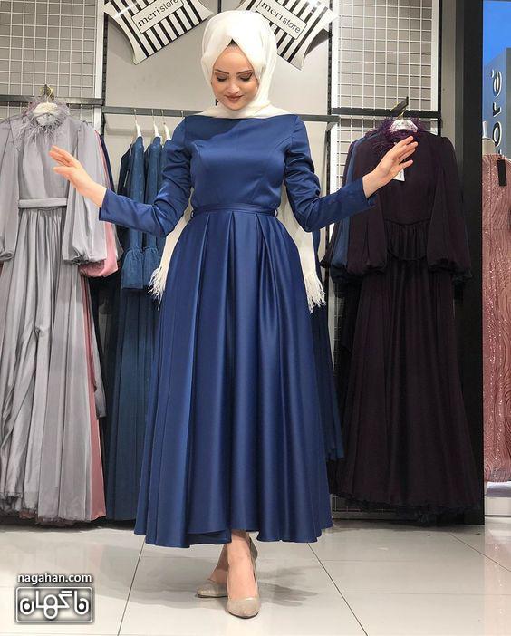 عکس مدل مانتو پیراهنی بلند دخترانه و زنانه اندامی ساتن آبی